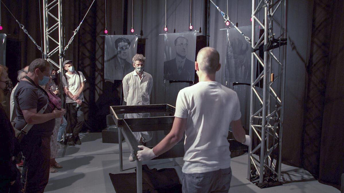 "Missing. Photo-performance by God's Entertainment & Karl Wratschko at ""GGGNHM. Guggenheim in Floridsdorf?"" in Vienna"